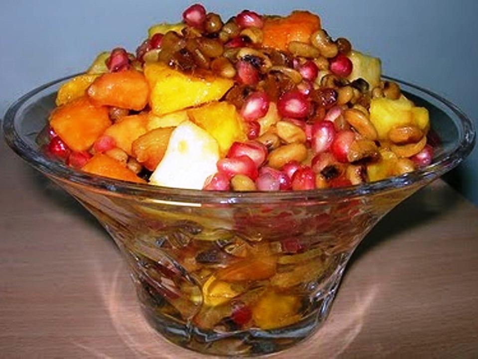 Karamani (Cowgram) Fruit Pachadi