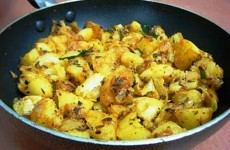 potato-pepper-fry-method-2