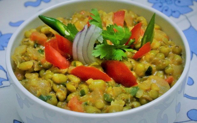 Moong (Green Gram) Gravy